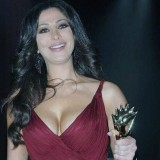 Elissa-hot-sexy-breasts-5