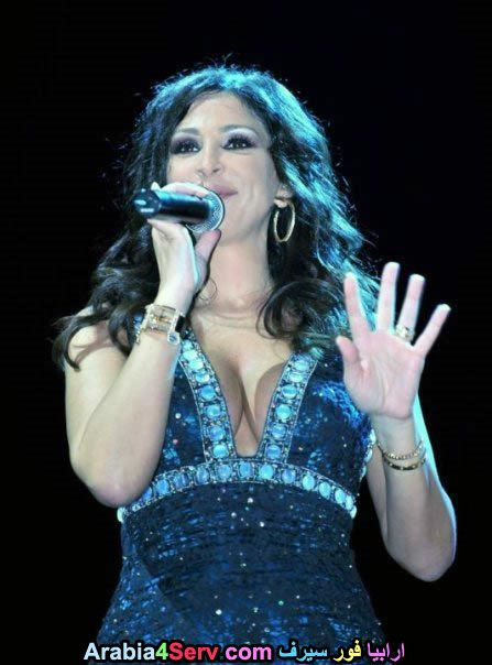 Elissa-hot-sexy-breasts-6.jpg